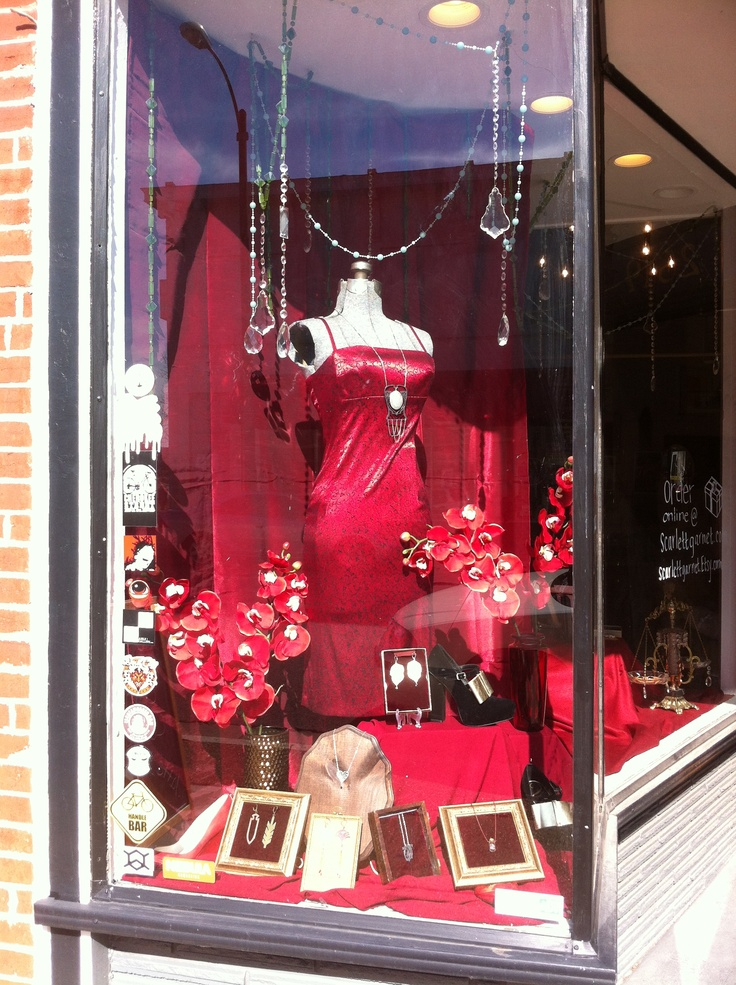 valentine jewelry display