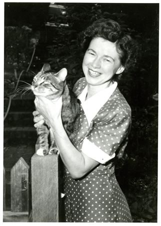 Beverly Cleary and her pet cat.