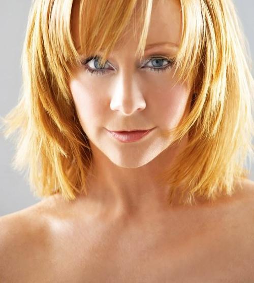 Reba McEntire Short Hairstyles