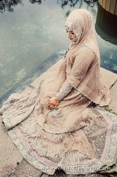♥ Beautiful in Peach #hijab #bride