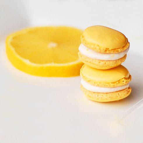 lemon macarons | Luscious Lemon Sweet | Pinterest