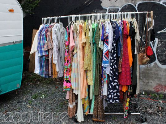 The garage clothing store locator. Clothing stores