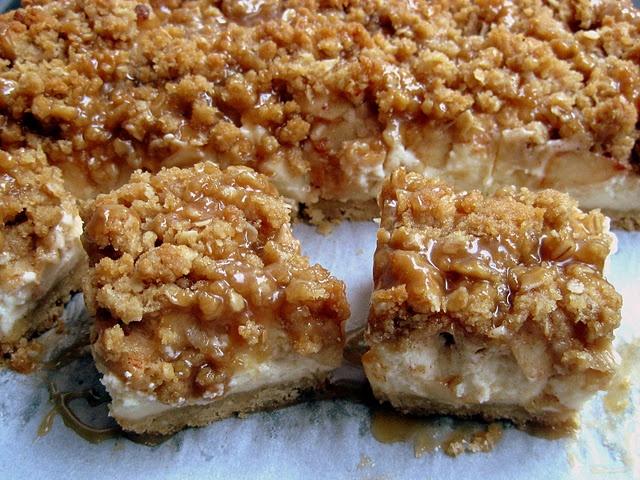 caramel apple cheesecake bars | Baking is Best | Pinterest