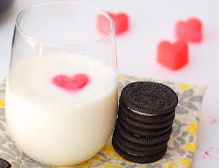 Need a simple idea? Add food coloring to milk and freeze in heart tray