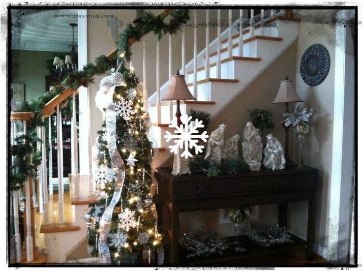 Church vestibule decorating ideas joy studio design for Foyer christmas decorating ideas