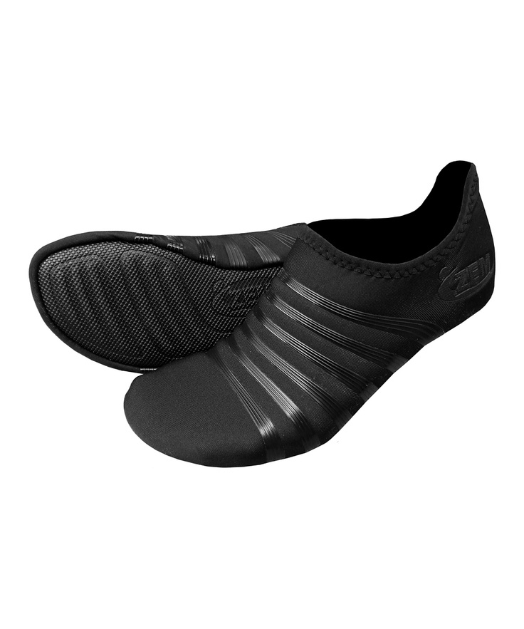black original playa low minimalist running shoe