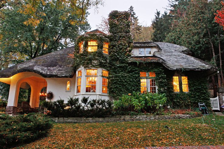 Storybook style cottage Lowry Hill MN