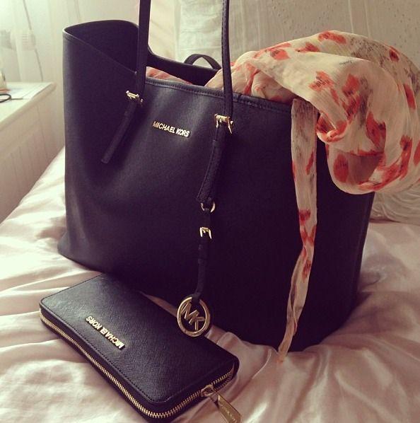 Michael Kors bag & wallet (Bag is $278 @ Macy's)