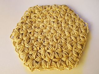 Crochet Jasmine Stitch In The Round : : Jasmine Stitch No. 4: 6 petals with puffs in the round. This stitch ...