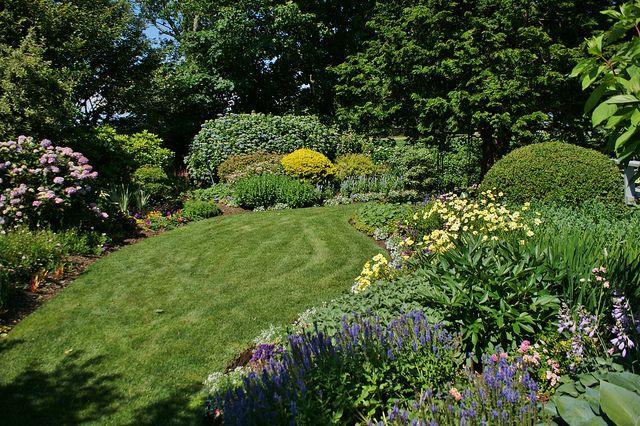 Pinterest small garden ideas ask home design for Small garden plot ideas
