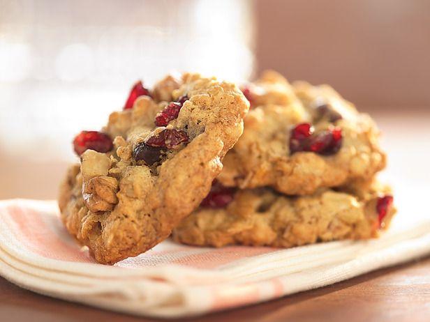 Cranberry Walnut Oatmeal Cookies | Cookies,Cookies & More Cookies | P ...