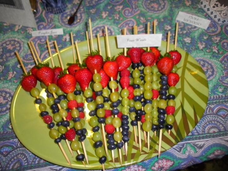 Fruit wands | Party Ideas - Harry Potter | Pinterest