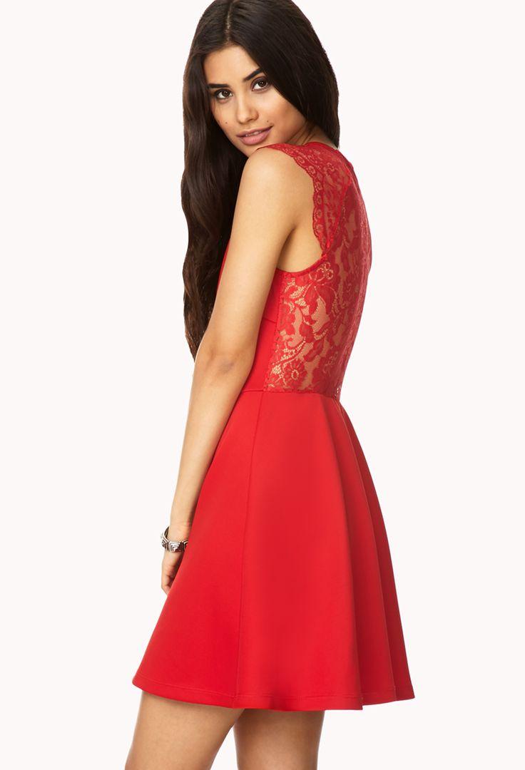 Lace Back Dress:Women's Fashion Show