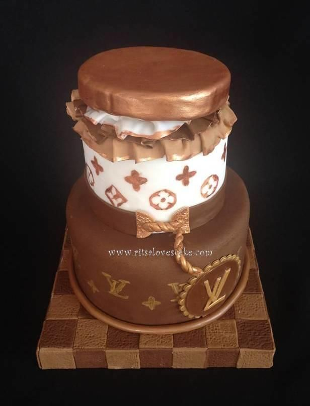 Cake Louis Vuitton Pinterest : Louis Vuitton cake Cakes! Cakes! Cakes! Pinterest