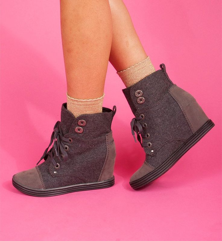 Topanga   Blowfish Shoes   $69