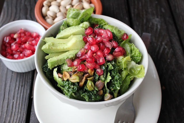 ... salad with pistachio, avocado and pomegranate | salad | Pinterest