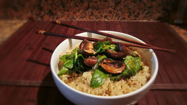 quinoa with raosted balsamic mushrooms