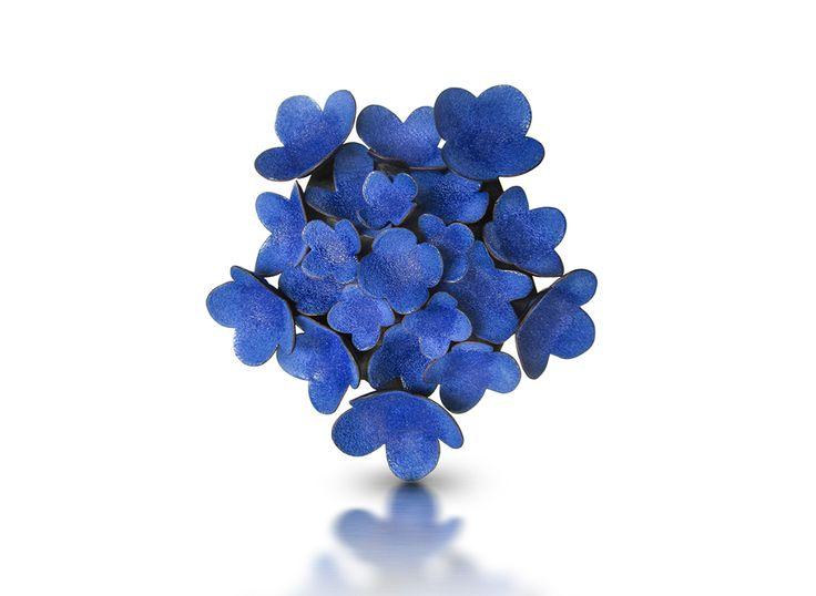 Wendy McAllister Brooch: Blue Penta-Hydra, 2014 Vitreous enamel, copper, oxidized sterling silver 10.1 x 10.1 x 3.0 cm