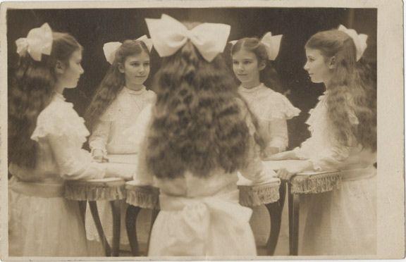 i love old photographs.