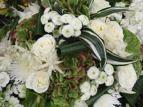 flower arrangements for pentecost sunday