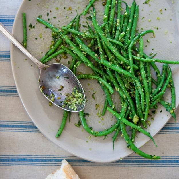 Haricots Verts with Almond Pesto | haricots verts | Pinterest