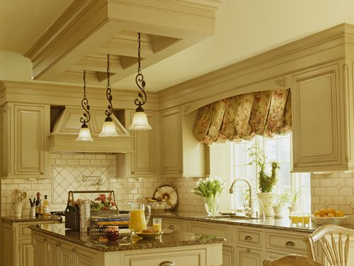 Soft butter yellow kitchen