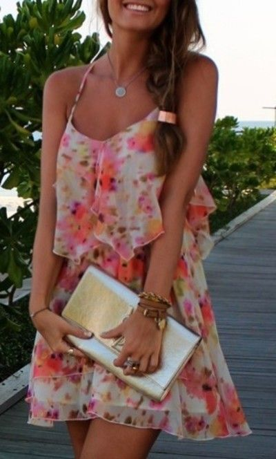 floral dress and neat idea for a braid clip