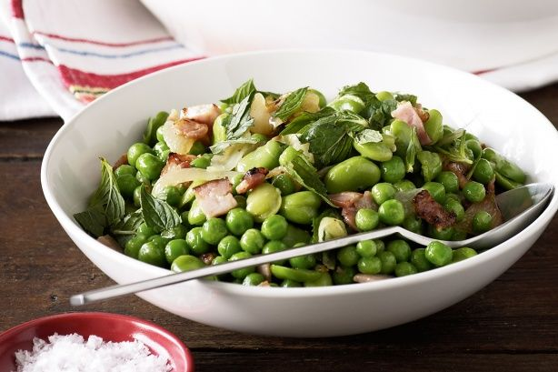 Broad beans and peas sauteed with bacon | Salads | Pinterest