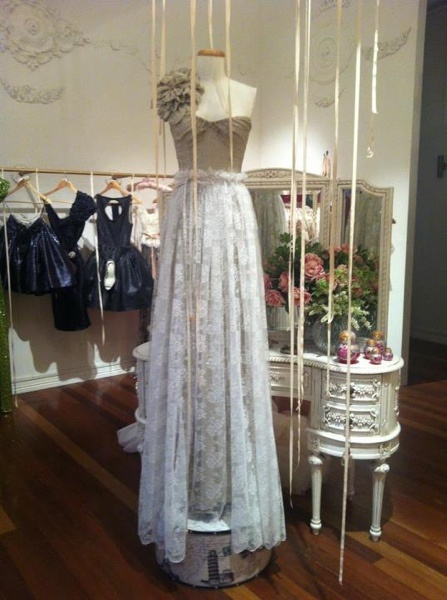 Vintage Wedding Dress Stores Sydney : Keep this in mind vintage lace bridal gown wedding dress non