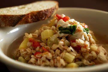Chicken and farro soup | Food - Soup de Loop | Pinterest