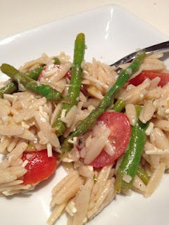 Orzo salad with asparagus and tomatoes! | Food | Pinterest