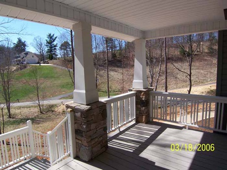 Arts crafts columns house exteriors pinterest for Arts and crafts porch columns