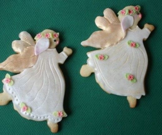 angel sugar cookies for Christmas.~ some ideas for decorating sugar ...