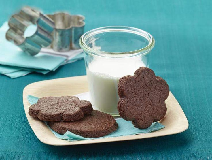 Recipe: Brownie Roll-Out Cookies - a fun easy cookie, just now very ...