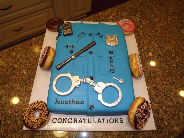 Cake Decorating Ideas Police Officer : ideas: Police cake for Jameson Zachs police academy ...