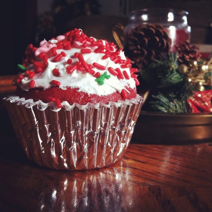 Red Velvet Cupcakes for Christmas | Dessert | Pinterest