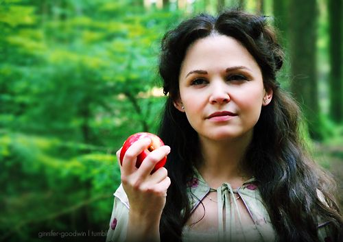 """The 22 Most Convincing """"Once Upon A Time"""" Fan Theories"""