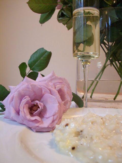 valentine's day champagne glasses
