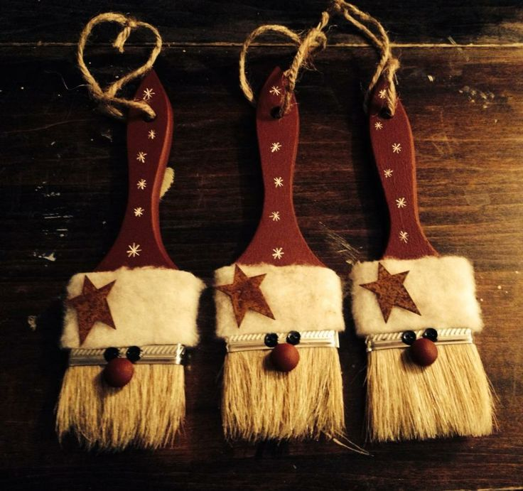 Santas From Paint Brushes
