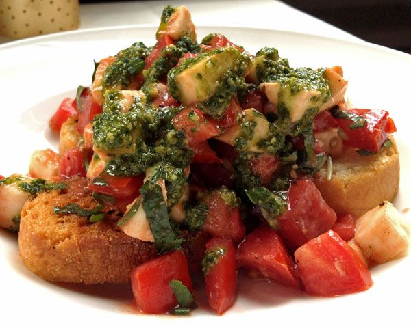 Heirloom Tomato Caprese Recipe (Photo courtesy of Terrapin Restaurant)