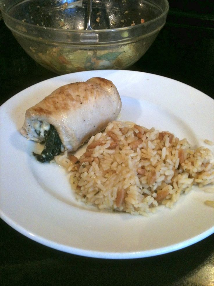 Spinach and Feta stuffed chicken | *ThE MaiN DiSh* | Pinterest