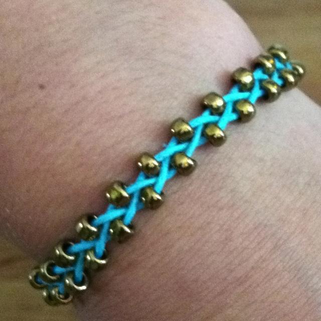 Diy Beads: DIY Beaded Braid Bracelet