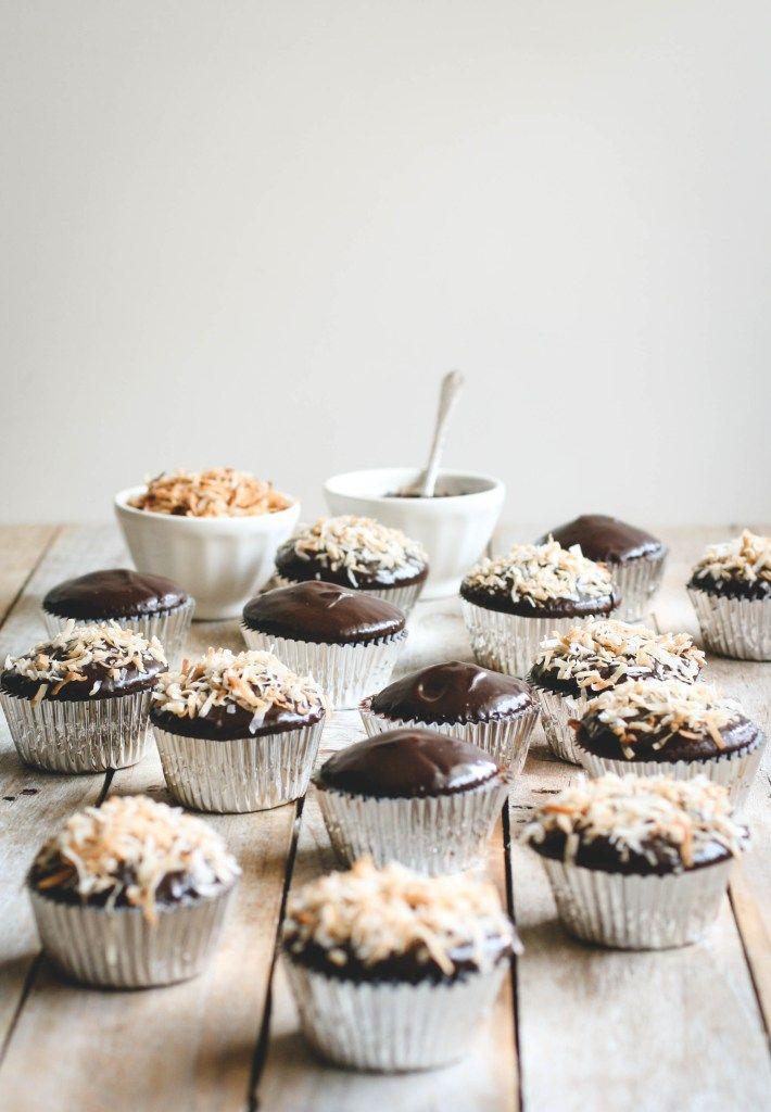 coconut macaroon chocolate cupcakes with nutella ganache