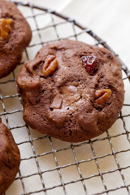 Chocolate Cherry Chunk Cookie | Cookies | Pinterest
