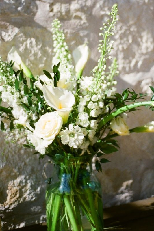 white and green flower arrangements from La Fleur Vintage