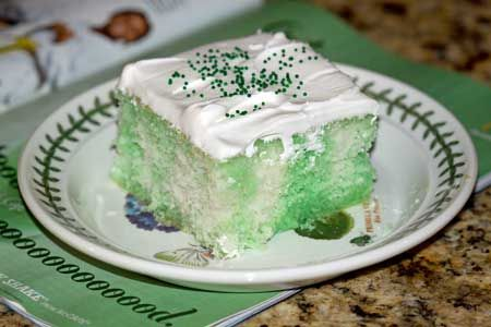 Holiday Jell-O Poke Cake Recipes — Dishmaps