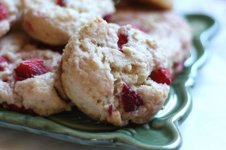Strawberries and Cream Biscuits | Food & Drinks | Pinterest