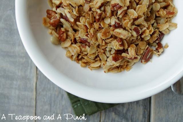Coconut Pecan Granola | Food - Real Food | Pinterest