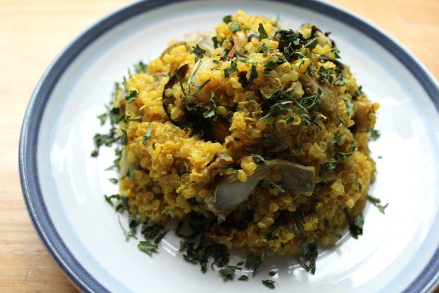 Cheezy Roasted Vegetable Quinoa   Food - bring on the deliciousness ...