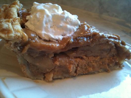 caramel apple pumpkin pie | Sweet Tooth | Pinterest